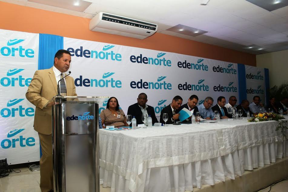 Miguel Bejarán, director general de Desarrollo Fronterizo, se dirige a los asistentes.