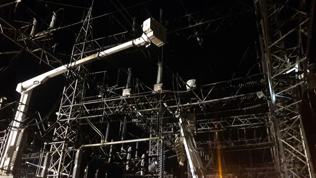 Restablecen servicio eléctrico afectó anoche incendio transformador de voltaje subestación Canabacoa