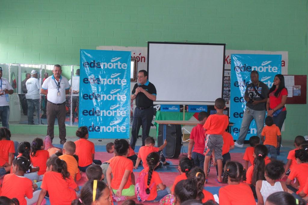 EDENORTE instruye niños sobre uso correcto de la electricidad