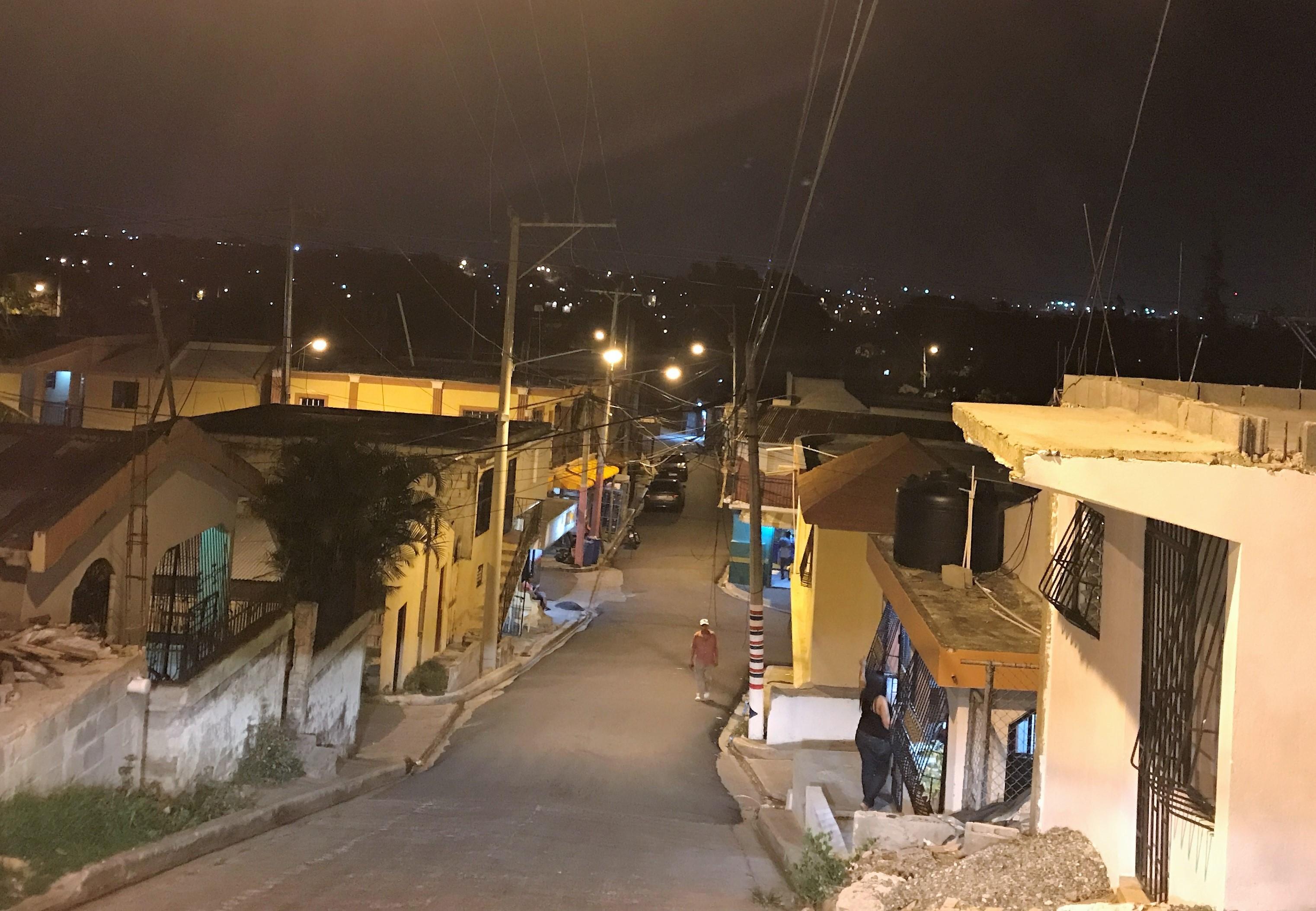 Edenorte rehabilita las redes en La Yagüita de Pastor e instala 24 horas con una inversión RD$ 246 millones
