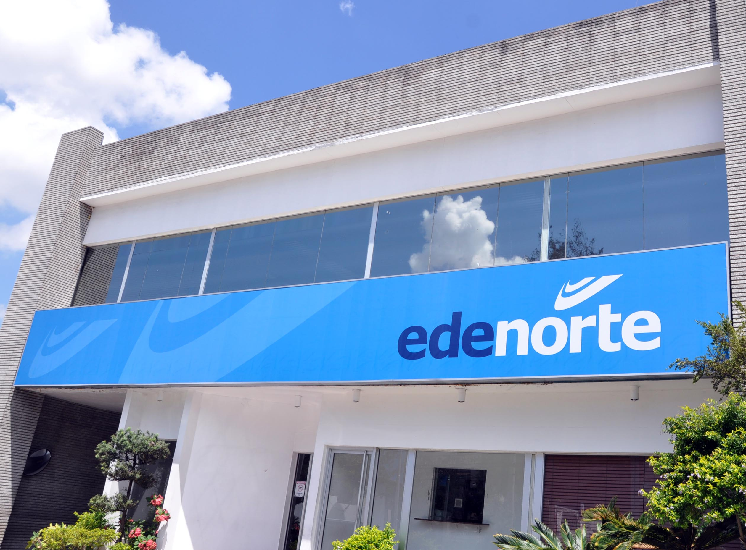Déficit eléctrico por baja generación hace que EDENORTE replantee servicio que ofrece