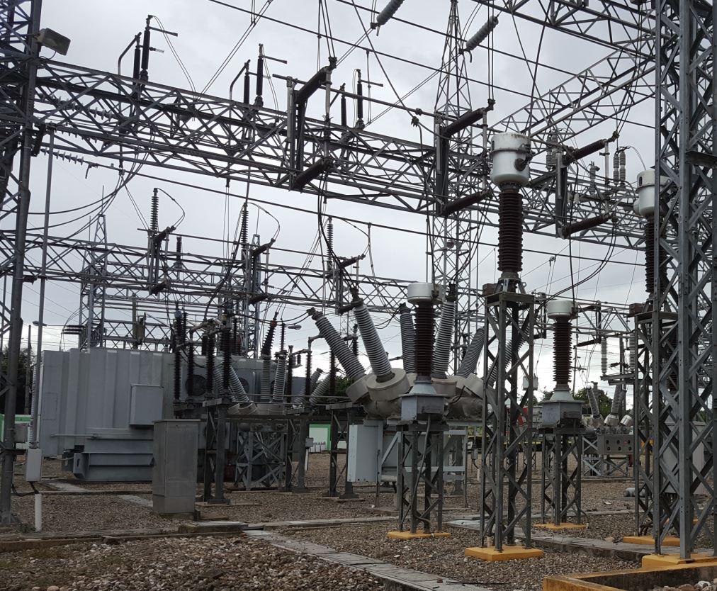 ETED pone en servicio transitorio autotransformador móvil en subestación Canabacoa