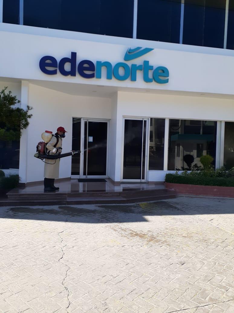 EDENORTE realiza proceso limpieza y desinfección de sus áreas comerciales y corporativas