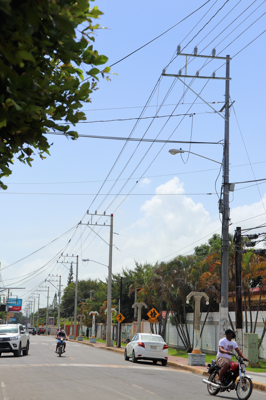 EDENORTE mejora servicio de energía en Villa Riva