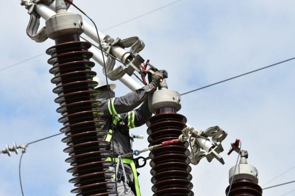 Anuncian mantenimiento línea transmisión municipio de Cotuí